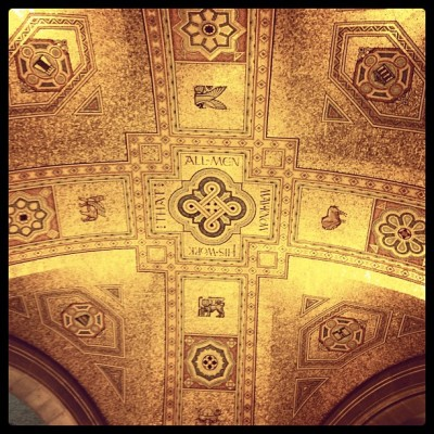 Sitting down @ROMToronto in the rotunda, saw this looking up at the ceiling. Be dropping classic reggae, hip hop, etc later, check it deep!  (at Royal Ontario Museum)