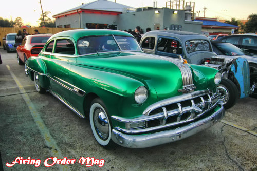 ratrodsrule:  Lov'n this kooool mean green kustom Poncho from Firing Order Magazine!!! Sweeeeet!