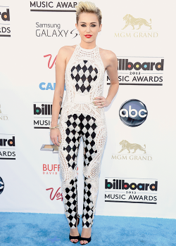 Miley Cyrus at the 2013 Billboard Music Awards - May 19th.