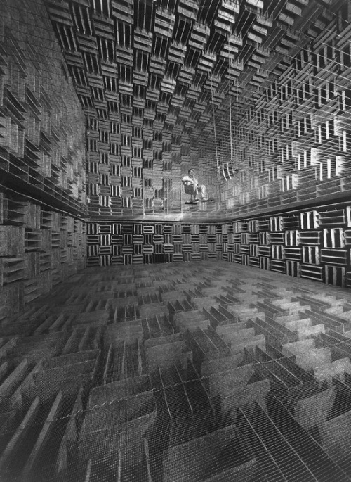 "letsbuildahome-fr:  Bell Telephone Acoustics Lab, 1947 by Eric Schaal  ""Bell Telephone engineer in a research room designed to eliminate 99% of all outside sound"""