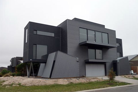This awesome stealth home is made entirely from modular 20ft & 40ft standard shipping containers. Thinking living in a  smallish box will be cramped , think again and check out these interior photos from different container homes…over on google image search