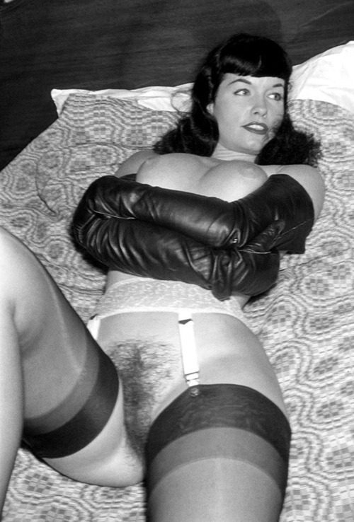 Bettie Page Nude Pussy 48