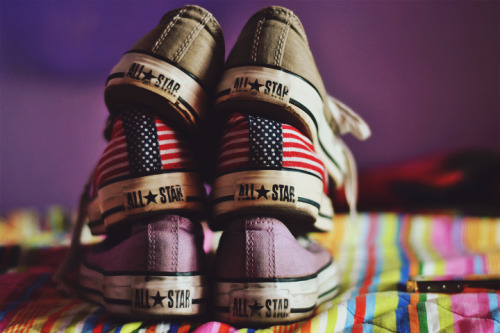 brutalgeneration:  converse (by Gloria Cattani ©)