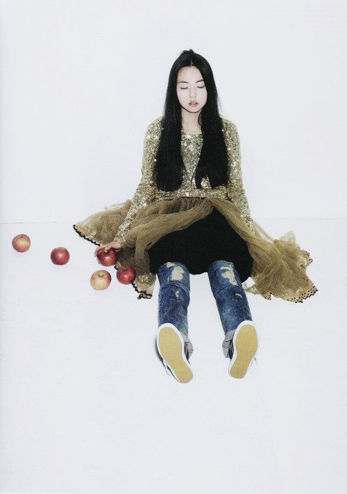 ahnso:  Sohee for OhBoy! magazine, February 2012