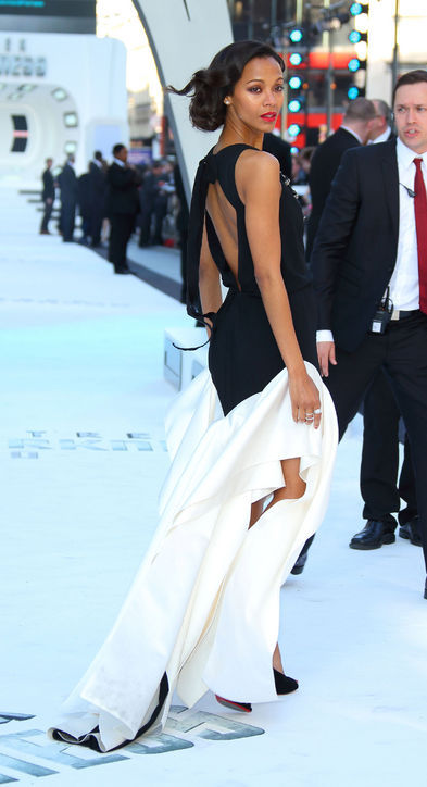 Let's all just be Zoe Saldana in this picture, you guys.