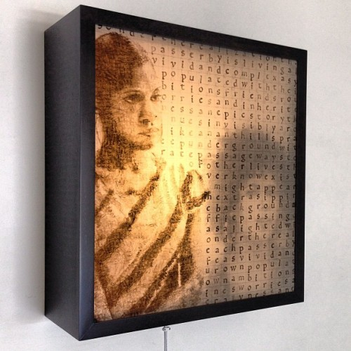 One of the light boxes in #sonder 3 are on display in the gallery but there are 4 in the series. #art #installation #sculpture #drawings #stampdrawings #papillioninstituteofart #kenturah #dtla #losangeles #light #lightbox (at Papillion Institute of Art)