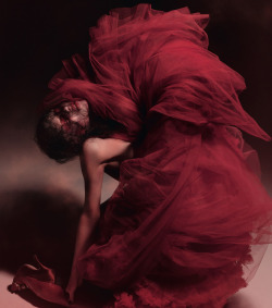 bohemea:  Eliza Cummings: In the Red - Dazed & Confused by Ruth Hogben, June 2013