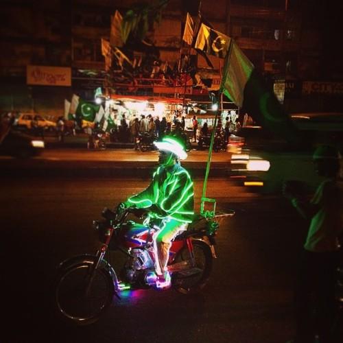 #pakistan #14august #johar #flag #man #lights #independenceday #azadi