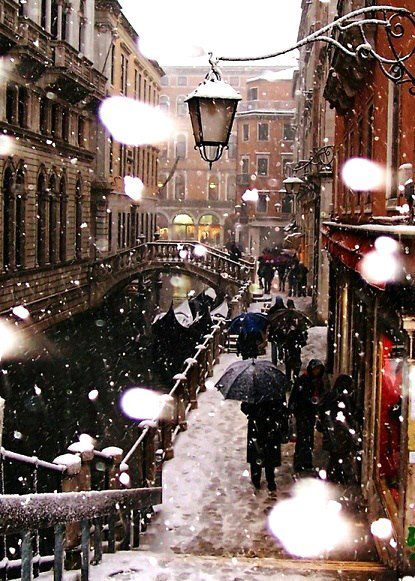 Venice, covered in snow