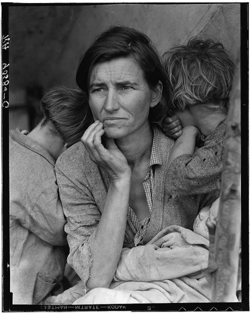 followyourownchoices:  Photographs by Dorothea Lange. Depression times in US