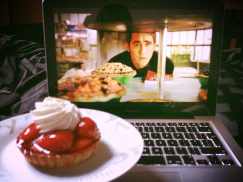 Whenever I watch Pushing Daisies, I get extremely hungry for pie.