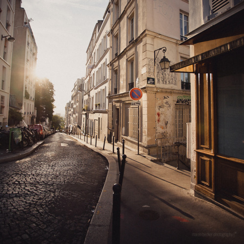 allthingseurope:  Morning in Paris (by honeyjazz)   Love…