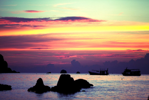 Koh Tao sunset by vozorom on Flickr.