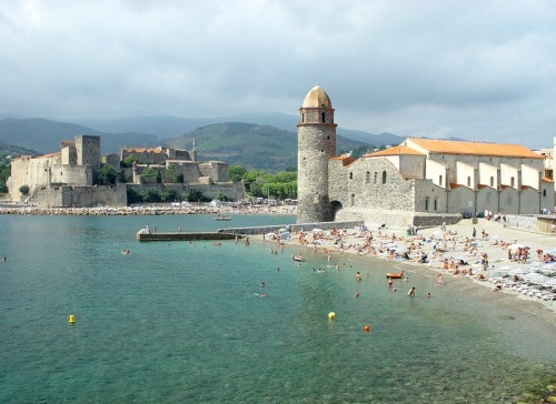 (via Collioure, a photo from Languedoc-Roussillon, South | TrekEarth) Collioure, Languedoc-Roussillon, France