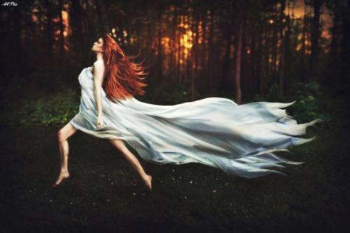 forest girl in forest running red hair girl red hair red vörös vörös haj redhair