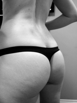 ournakedsecret:  Thong pic request, enjoy