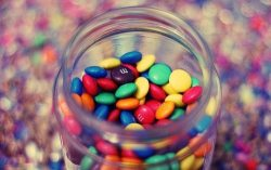iamthatcrazygirl:  Color Candy Follow Me | via Facebook sur We Heart It. http://weheartit.com/entry/61976836/via/sanderb_broes
