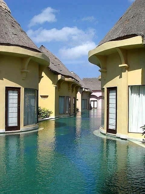 Cibolack — yellowblog: Balinese swim resort on imgfave