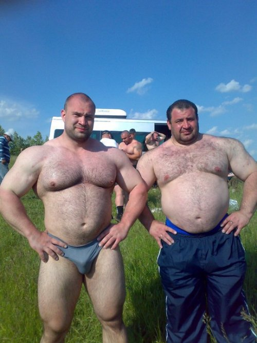 fuckyeahdaddies:  Loads of Daddies at Fuck Yeah Daddies. Click Here to Follow Fuck Yeah Daddies.  DON'T PHOTOSHOP DUMB ASS