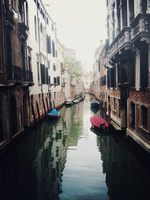 severs:  Venice Canal by Tyler Craft on Flickr.