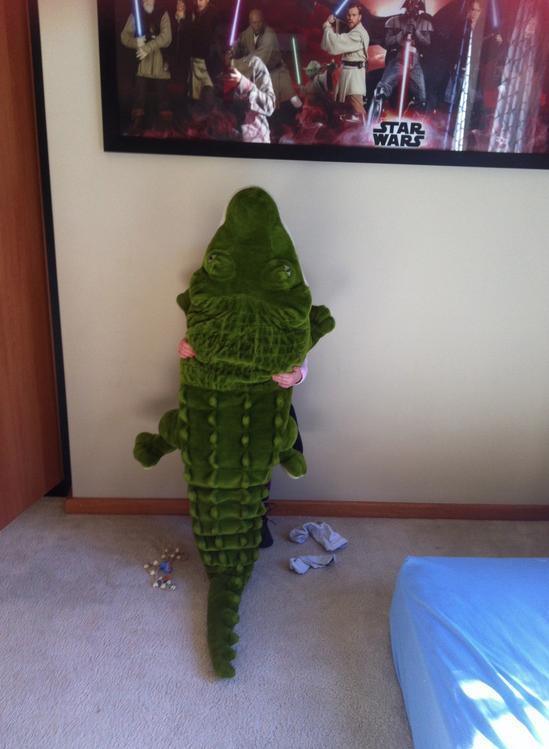 """pleatedjeans: """"20 Kids Who Completely Suck at Playing Hide and Seek """""""