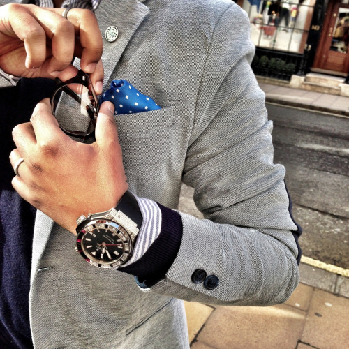 watchanish:  Damn Jake, I should have been on a watch hunt with you today in London, instead I've been as sick as a hound in bed all day :'( Have a great time and I owe you one for sure on your next visit! To make up for it here is a pic of pretentious me on Bond Street with an even more pretentious diamond and sapphire Hublot Big Bang King. p.s. Custom lapel pin by www.metalnoir.com. Can you make out what logo it is? ;)