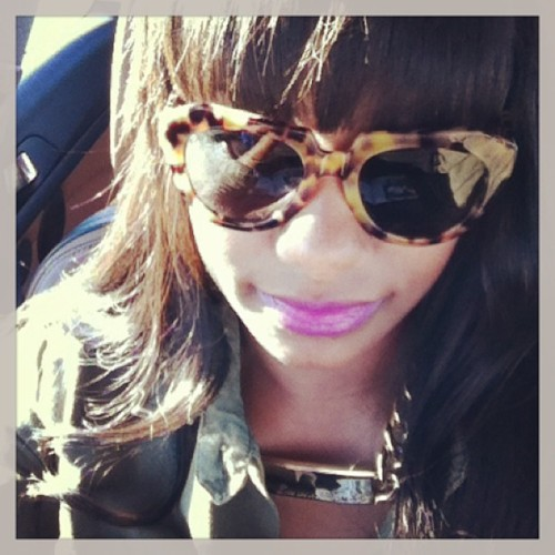 Passenger side flow.  @karenwalkereyewear @melodyehsani #melodyehsani #lovemeorleaveM.E.alone necklace.  (at desert bound)