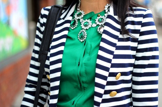 Loving the combinations of big statement jewellery with everyday fashionable outfits