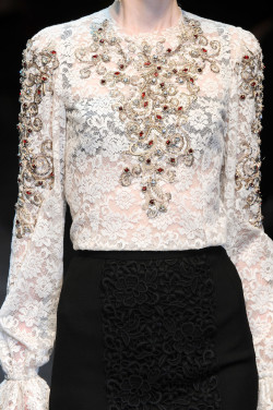 notordinaryfashion:  girlannachronism:  Dolce & Gabbana fall 2012 rtw details  Love Love Love