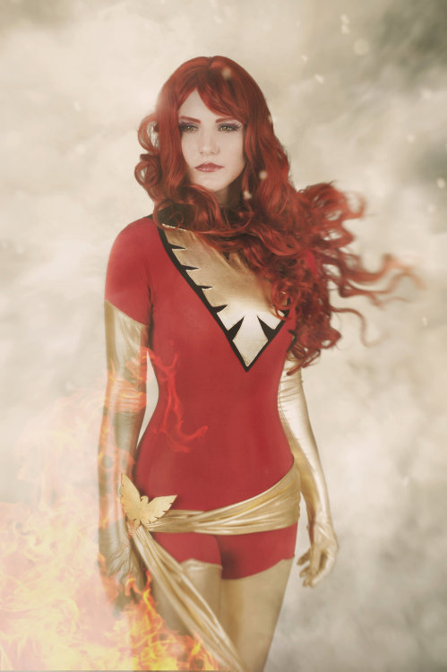 cosplayandanimes:  Dark Phoenix - X-Men source