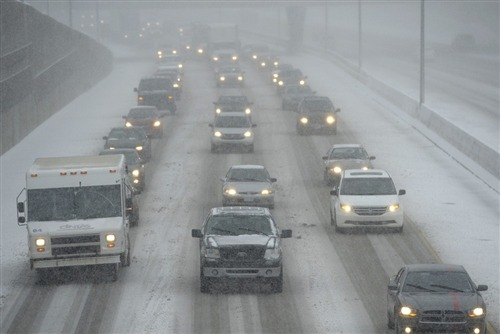 Snow, rain and winds hit Northeast as deadly winter storm continues (Photo: David Guralnick / AP) A winter storm that has caused destruction and holiday travel disruption across the central United States swept into the Northeast early Thursday, where it was expected to bring up to 2 feet of snow, drenching rain and possible flooding. Read the complete story.