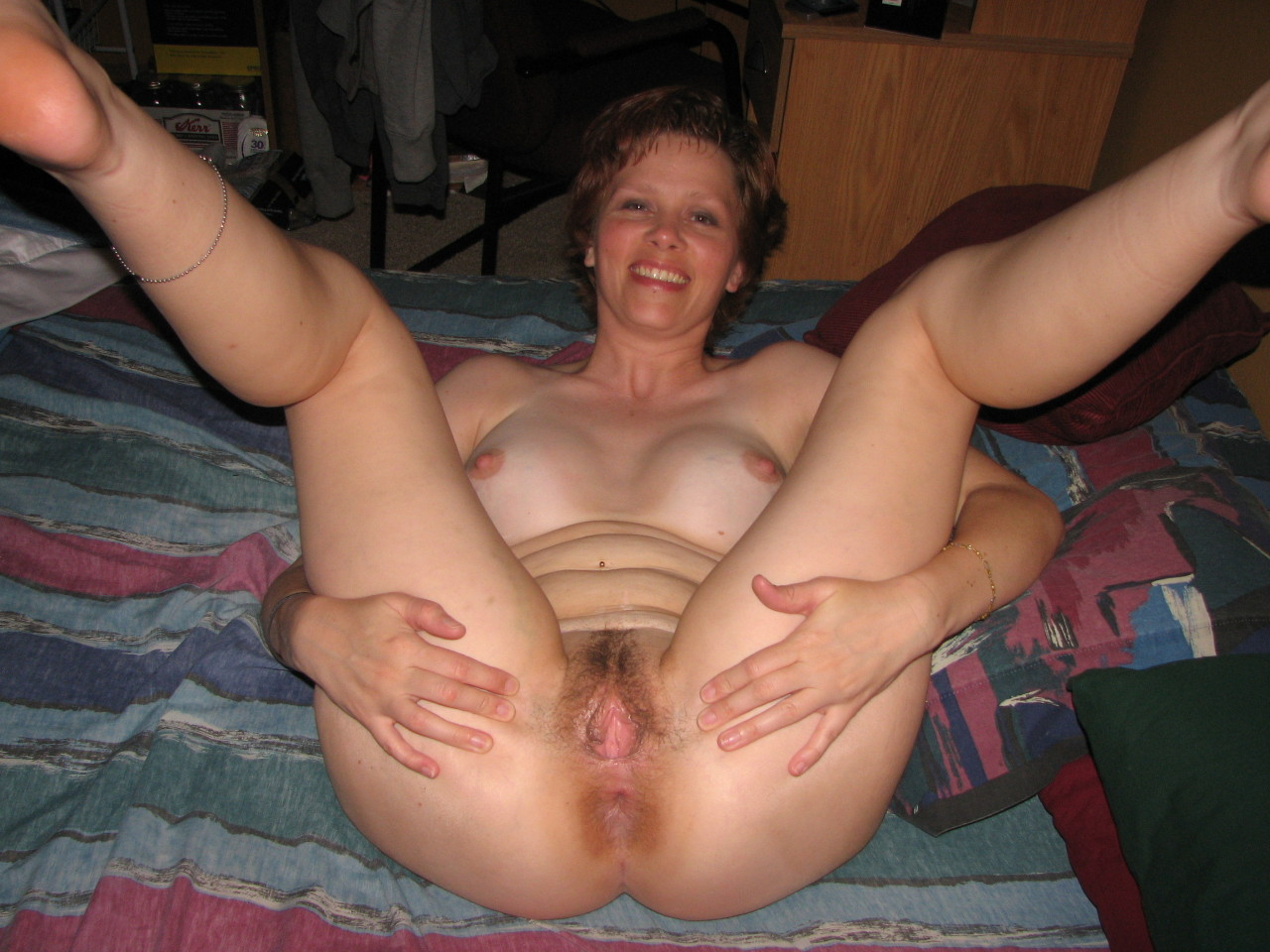Dirty wet hairy pussy