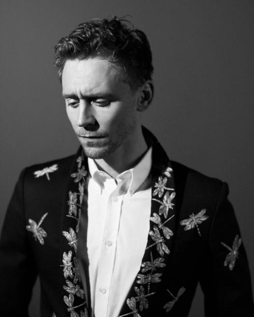 torrilla:  Tom Hiddleston by Jason Hetherington (x)