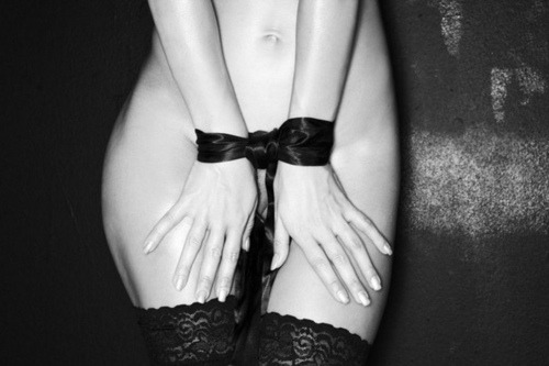 m-as-tu-vu:  Tender bondage.. black silk ribbons.