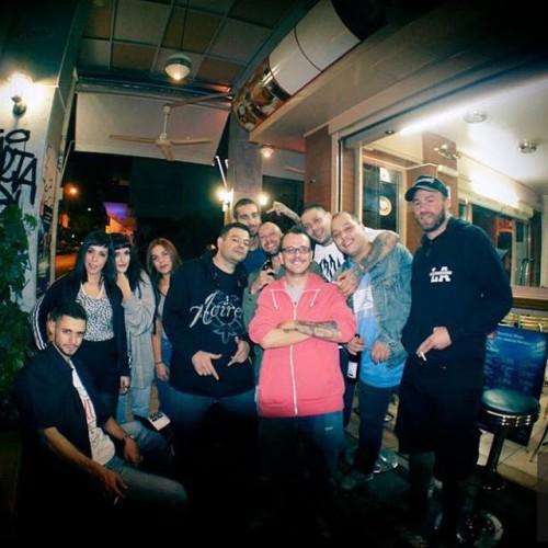 Smoking &amp drinking with the radicals. Λίγη ώρα μετά το live του @takitsan, χτες το βράδυ, στα Εξάρχεια. #gang_related #athenscity  (at An Club)
