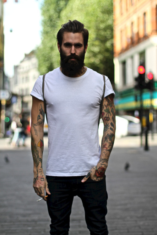 justthedesign:  Ricki Fucking Hall In A T-Shirt  i want that beard and those tattoos so bad