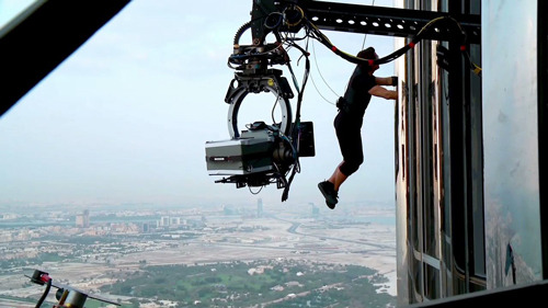 20 Greatest Tom Cruise Stunts