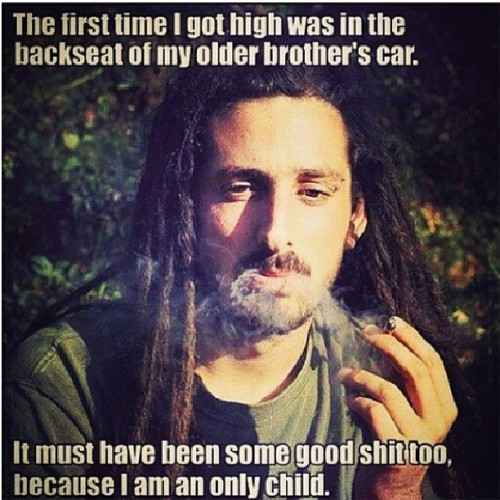 Stolen from @queen_legalize TOO FUNNY!!! #weed #420 #stoners #WTF