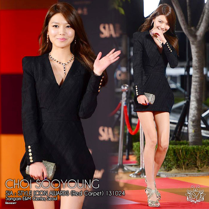131024[PRESS] Sooyoung: Style Icon Awards 2013 (Red Carpet) - Sooyoung looking gorgeously hot with the mini black dress showing off her slender long legs on the red carpet. Sooyoung won the 'Best K-Style' Award tonight. Congratulations! ^_^Source: Osen