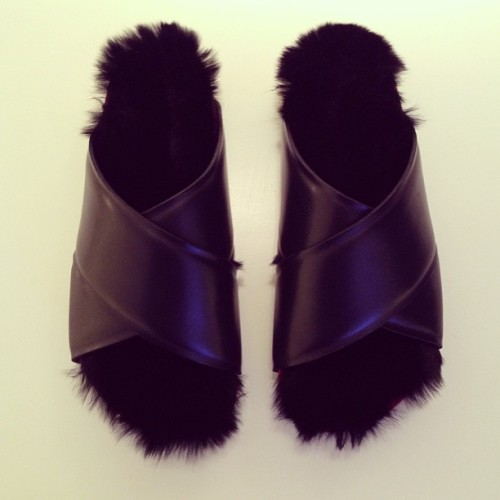 cotonblanc:  Boxy Flat Fur Strap Sandal In Black Calfskin And Black Fur, Summer 2013, Céline