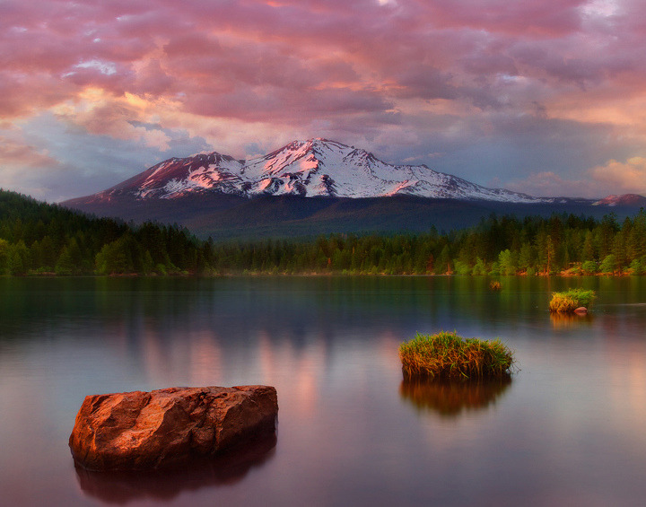 definitelydope:  Mount Shasta_Northern California Trip (by kevin mcneal)