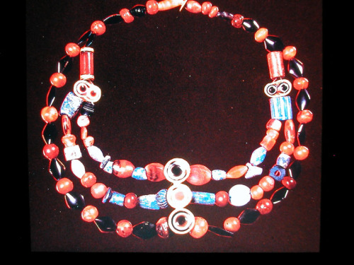 allmesopotamia:  Necklace from Assyrian Ashur. Tomb 45  There is something about ancient Mesopotamian jewelry that sets it apart from any other in antiquity. That something is more than just a distinct style or taste. Mesopotamian jewelry was a large artery in the anatomy of each civilization that rose in the land between the two rivers, and its story is one worth reading. Read more: Dissecting Mesopotamian Jewelry