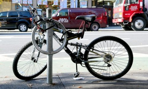 iaminlikewithmybike:  New York City To Turn 12,000 Old Parking Meters Into Bike Racks: Gothamist  Lock it up, NYC!