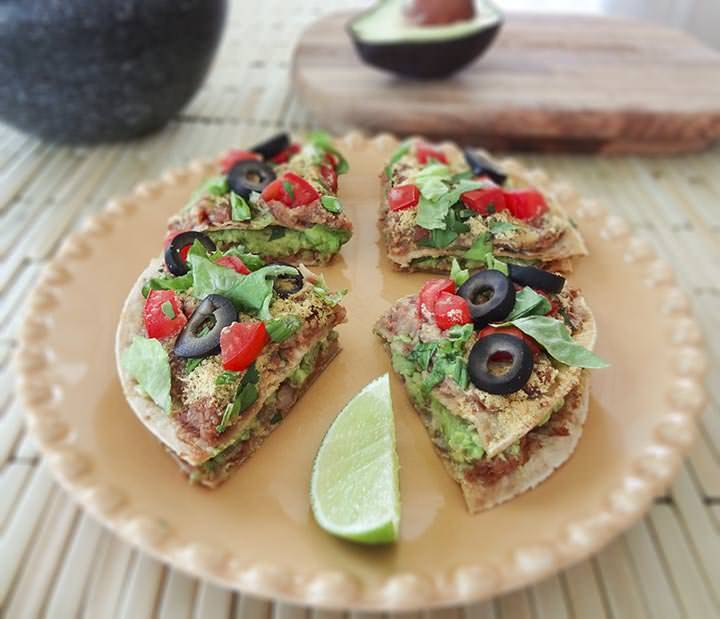 veganfoody:  Mini Mexican Pizzas