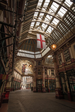lndnwlkr:  Leadenhall Market, London (by MathewDC)