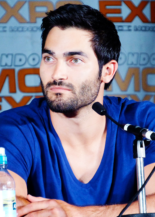 "48/∞ Pics of Tyler Hoechlin.   #you need to stop getting prettier before it's too late GENUINELY BAFFLED by how this dude seems to be getting increasingly attractive with every year that passes. And not just in a ""oh, you're aging into your face!"" kind of way. HE IS JUST A MORE BEAUTIFUL PERSON NOW THAN HE WAS C. SEASON ONE. How? How??? I DEMAND ANSWERS."