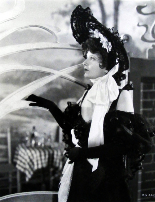"valentinovamp:  Kay Francis in ""The House on 56th Street"" (1933)"