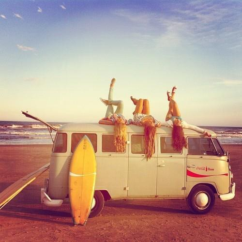 takeawavetakeabreath:  Friends | Tumblr on We Heart It - http://weheartit.com/entry/58616237/via/cameronfeyaerts Hearted from: http://dianaafrancoo.tumblr.com/post/48007266052