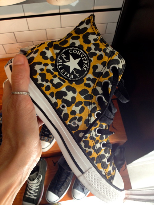 "New Converse. Winter 2014. ""Shoes are boring, wear snikers"" @jimenamazucco ©Jimena Mazucco"