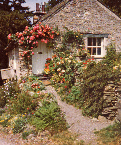 saramalagon:  English country cottage by skipscales on Flickr.